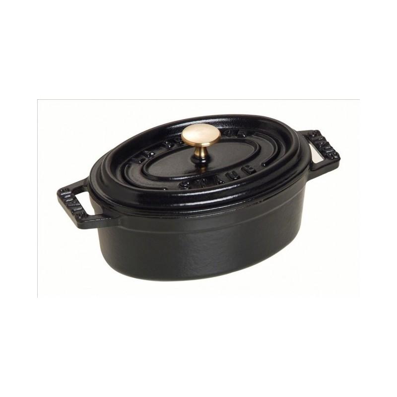 Mini cocotte ovalada de fundici n de hierro esmaltado staub for Cocinas de hierro fundido