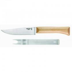 Cuchillo carnicero de hoja estrecha y curva con mango de madera. 20 y 25 cm.