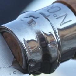 Navaja con hoja de acero inoxidable y mango madera de haya de madera Opinel nº 7